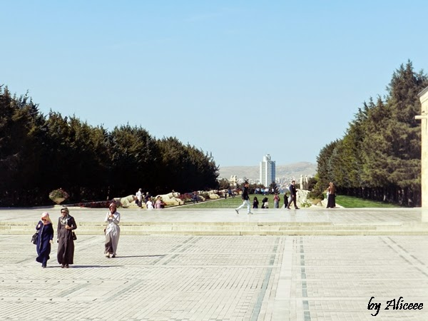 mausoleul-lui-ataturk-ankara-turcia