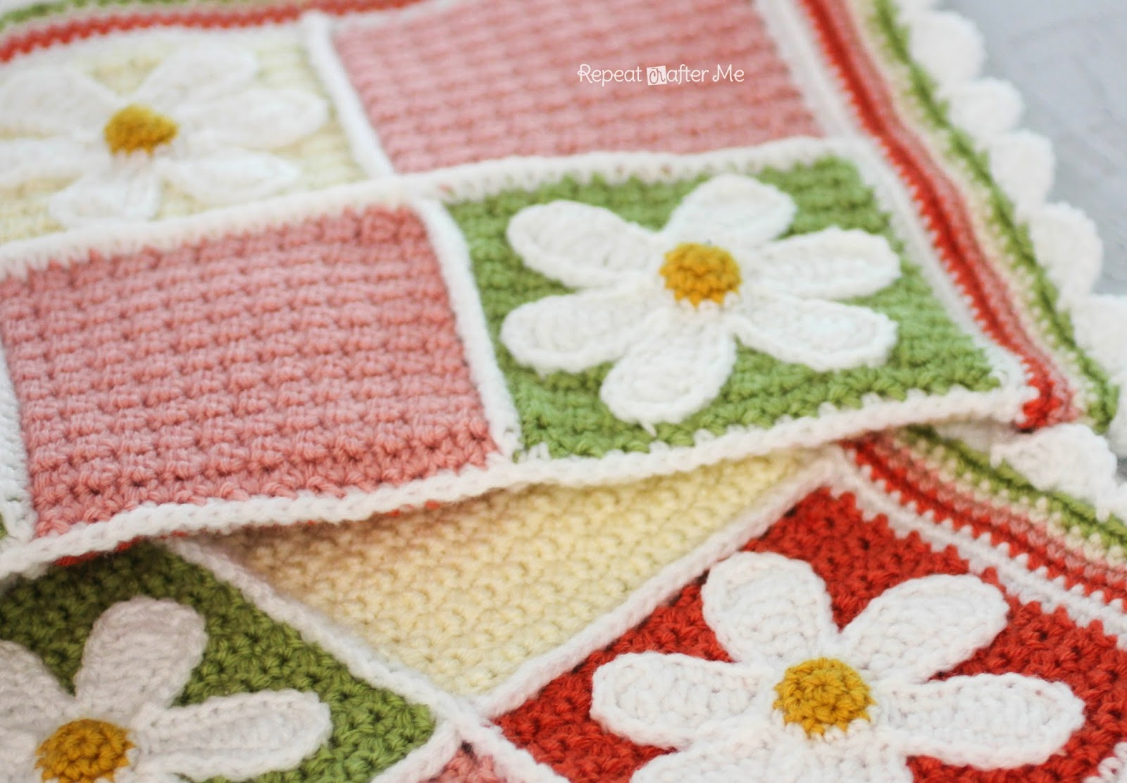 Solid Granny Square Crochet Pattern (Grit Stitch) | Repeat Crafter ...