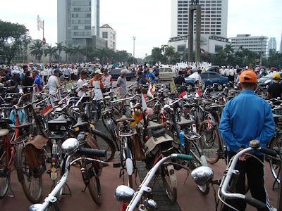 Klitikan Sepeda Tua Bundaran HI