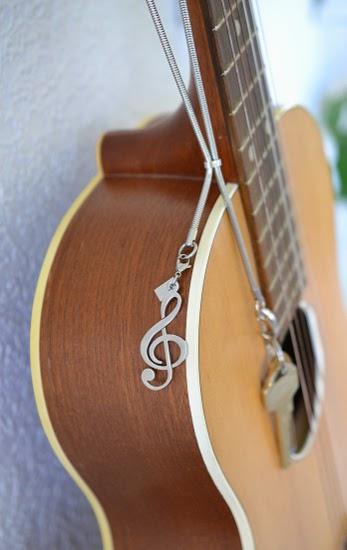 Halsband till nycklar