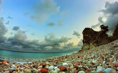 Suasana Pantai Kolbano