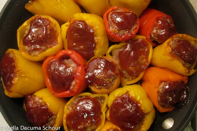 ... peppers stuffed bell peppers recipe mom s stuffed bell peppers spanish