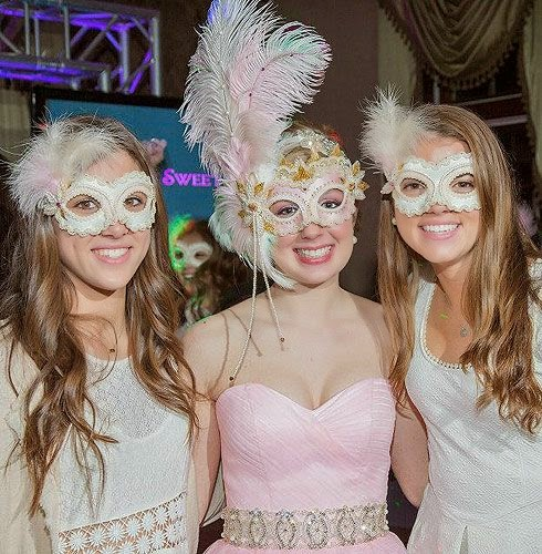 fiesta tematica de mascaras para quinceañeras bodegas ilusion