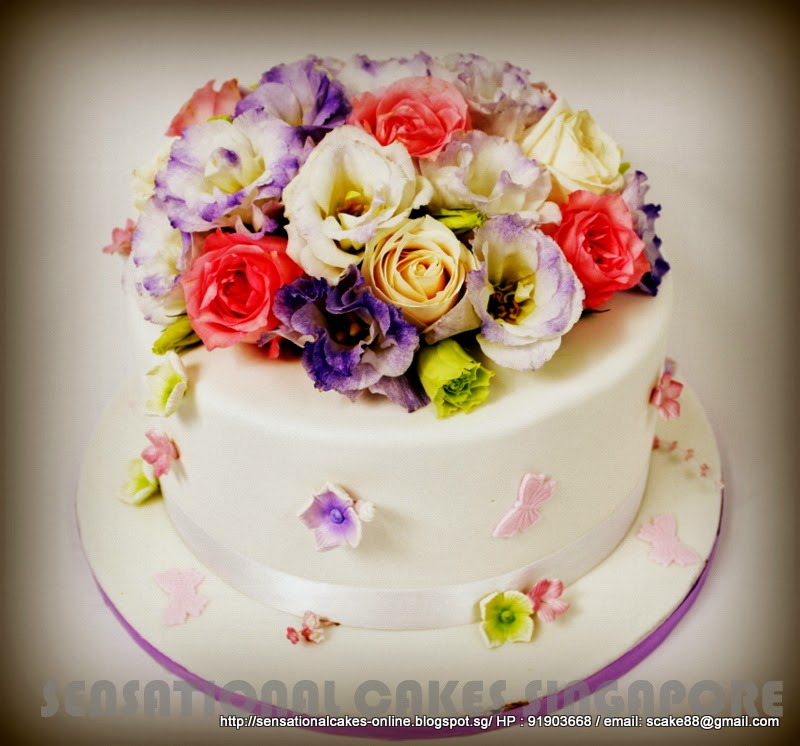 ... cakes Singapore: FRESH FLOWERS WEDDING CAKE SINGAPORE / SIMPLE AND