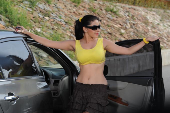 , Manasi Hot Pics In Yellow Top