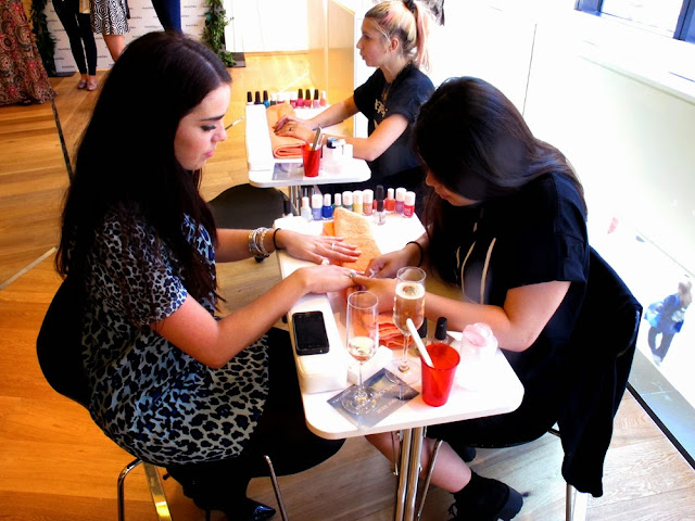 Fashion blogger event nail bar