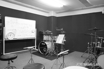 ドラム教室レッスン室内