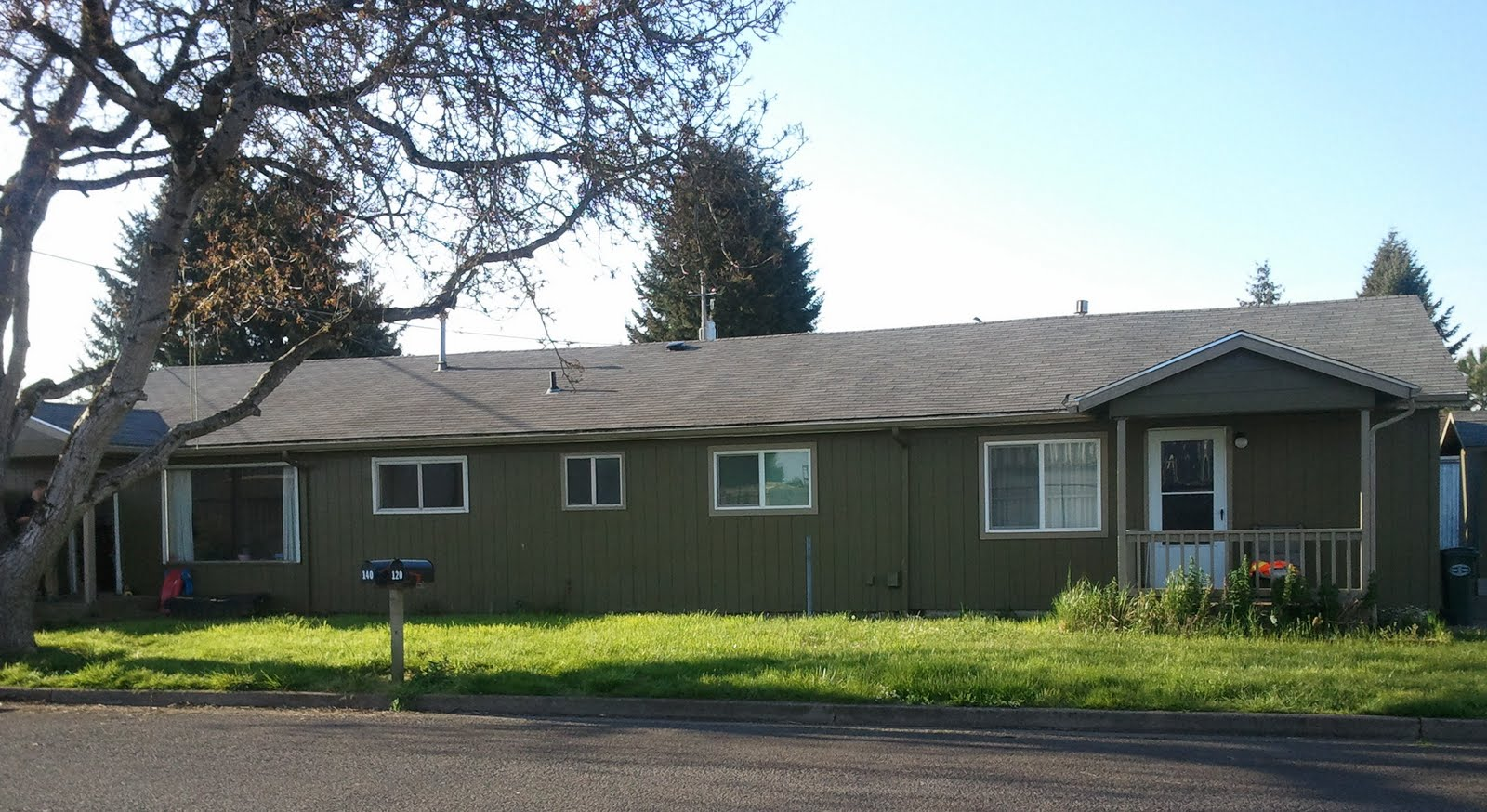 Real Estate Information Waiting For You 2 Bedroom 1 Bath Duplex For Rent In Junction City Oregon