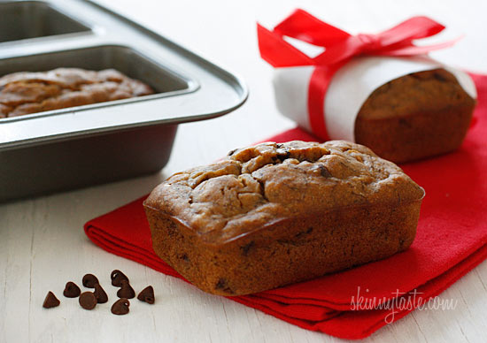 Petite Chocolate Chip Banana Bread Loaves | Skinnytaste