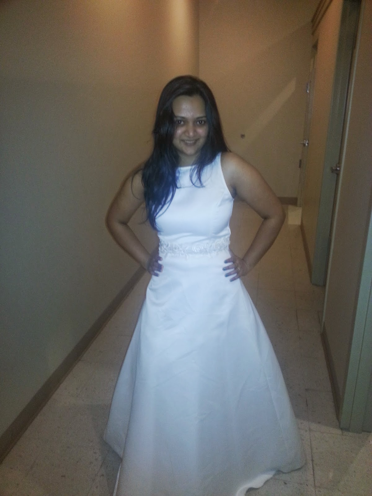 Indian lady wearing a Bridal white gown, prom dresses for indian, best prom dress for plus size women,