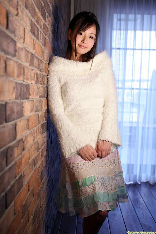 F(x) - Hot Summer | Asia Cantik Blog