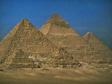 10 Tempat Wisata Paling Misterius di Dunia