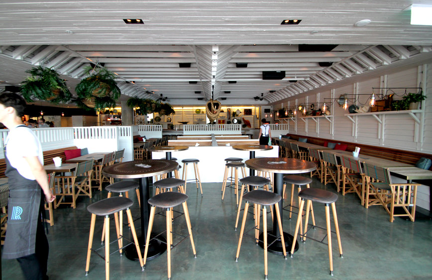Humphrey And Edwards Architects Brisbane Riverbar Kitchen Shortlisted For 2013 Interior