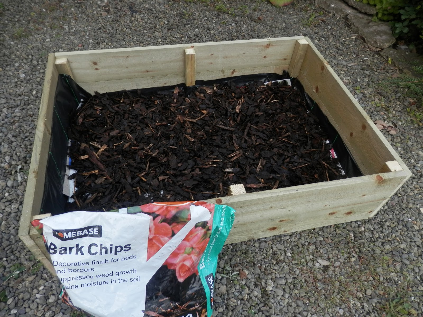 How to Fill Raised Garden Beds foto