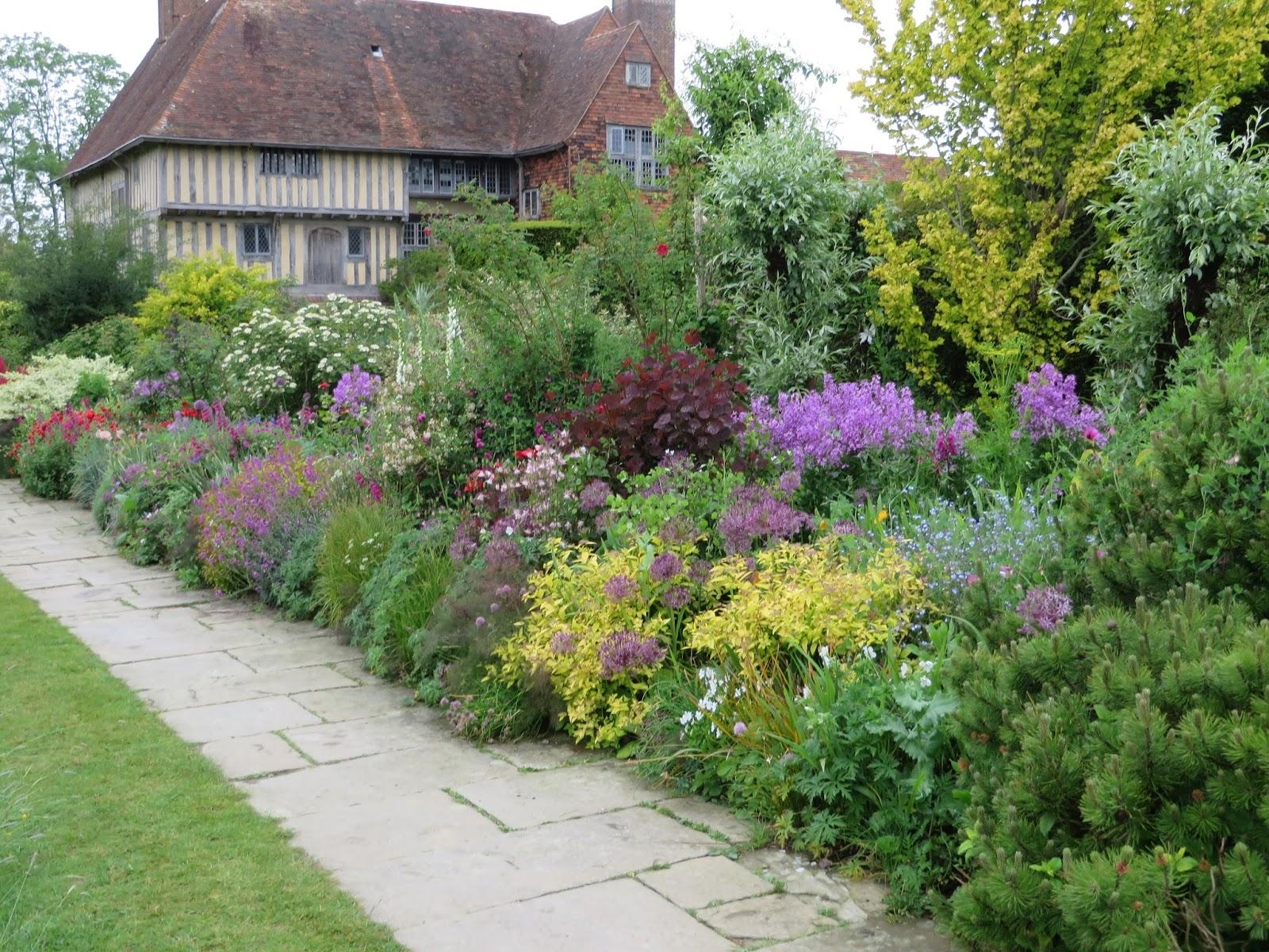 Garden grove borders : The gardener s eye quot passionate tour may