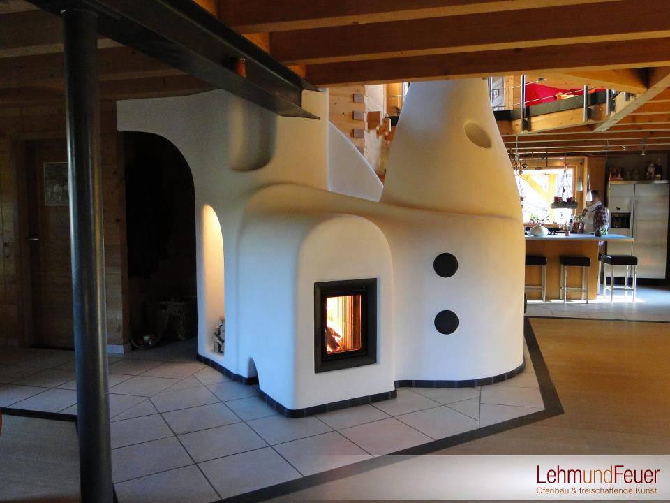 Arquitectura de casas: chimeneas decorativas de formas orgánicas.