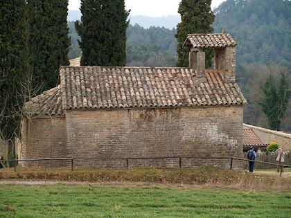 Façana nord de Sant Jaume de Fonollet