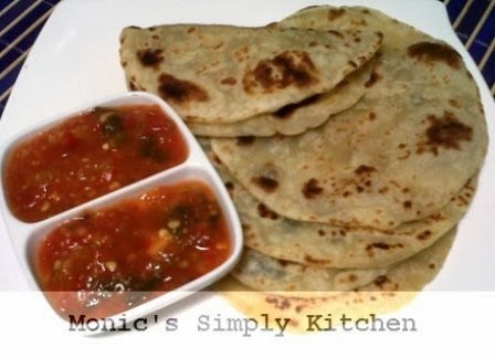 Saus salsa homemade dan tortillas