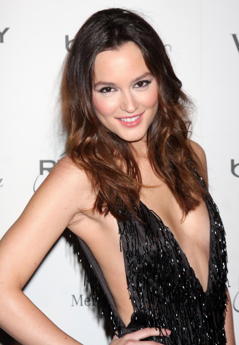 Hot Actress  Leighton ...