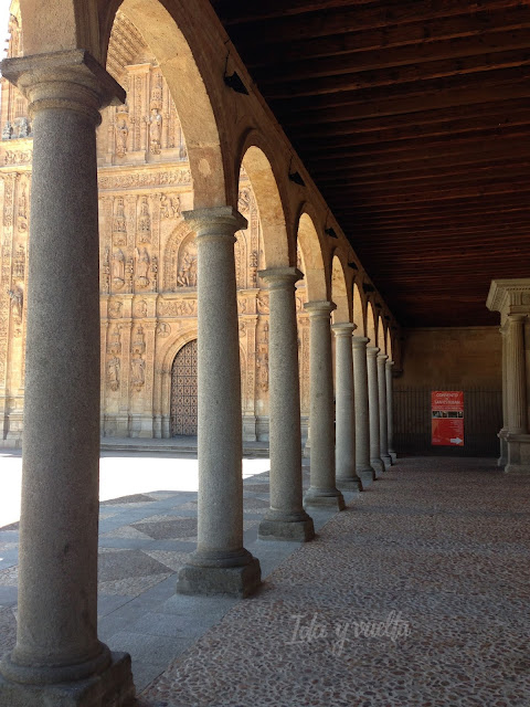 Galería y fachada de los Dominicos en Salamanca