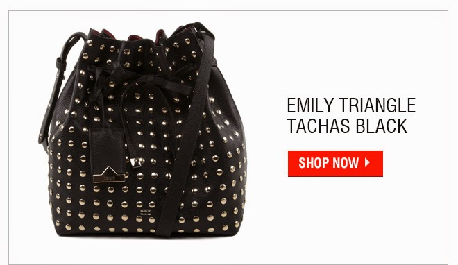 http://www.schutz.com.br/store/bags/hobo/emily-triangle-tachas-black---personalizacao-bag-charm/p/0563803400005U?utm_content=emily-triangle-tachas-black&utm_source=email&utm_medium=nexttarget&utm_campaign=20150327_Five_perfect_piece
