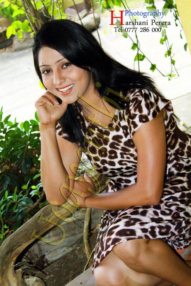 Udayanthi Kulathunga New Photos | SL-MIRROR -CATEGORIES ... Udayanthi Kulathunga Hot