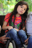 baby sara pictures in deiva thirumagan
