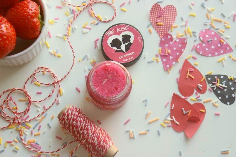 Lush the Kiss Lip Scrub