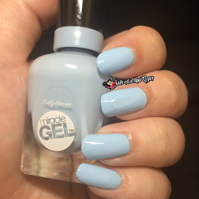 Sally Hansen Reformulated Miracle Gel Top Coat in Blue Hue