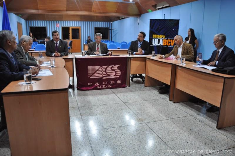 En el marco de este evento se realizó una videoconferencia en horas de la mañana con parte del equipo que conforma la dirección del BCV y algunos funcionarios del Fondo Monetario Internacional (FMI).