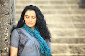 Swetha Menon latest Hot pics from Malleteega-thumbnail-7