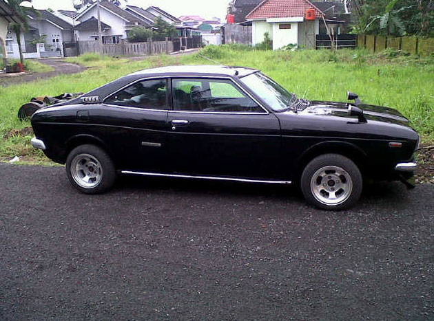 1975-Subaru-GSR-2-pintu.jpg