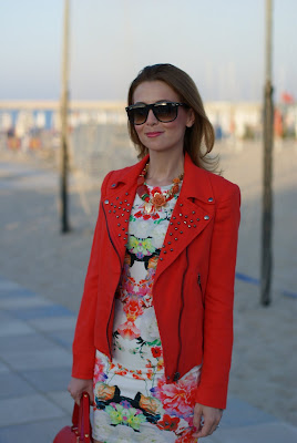Zara linen studded jacket, tight floral dress, Fornarina shoes, Marc Jacobs bag