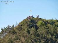 Zoom a la baixada del Turó de la Creu de Gurb, des de sota el Puig del Portell