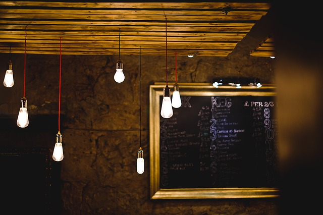 Desain Interior Cafe Remang-remang