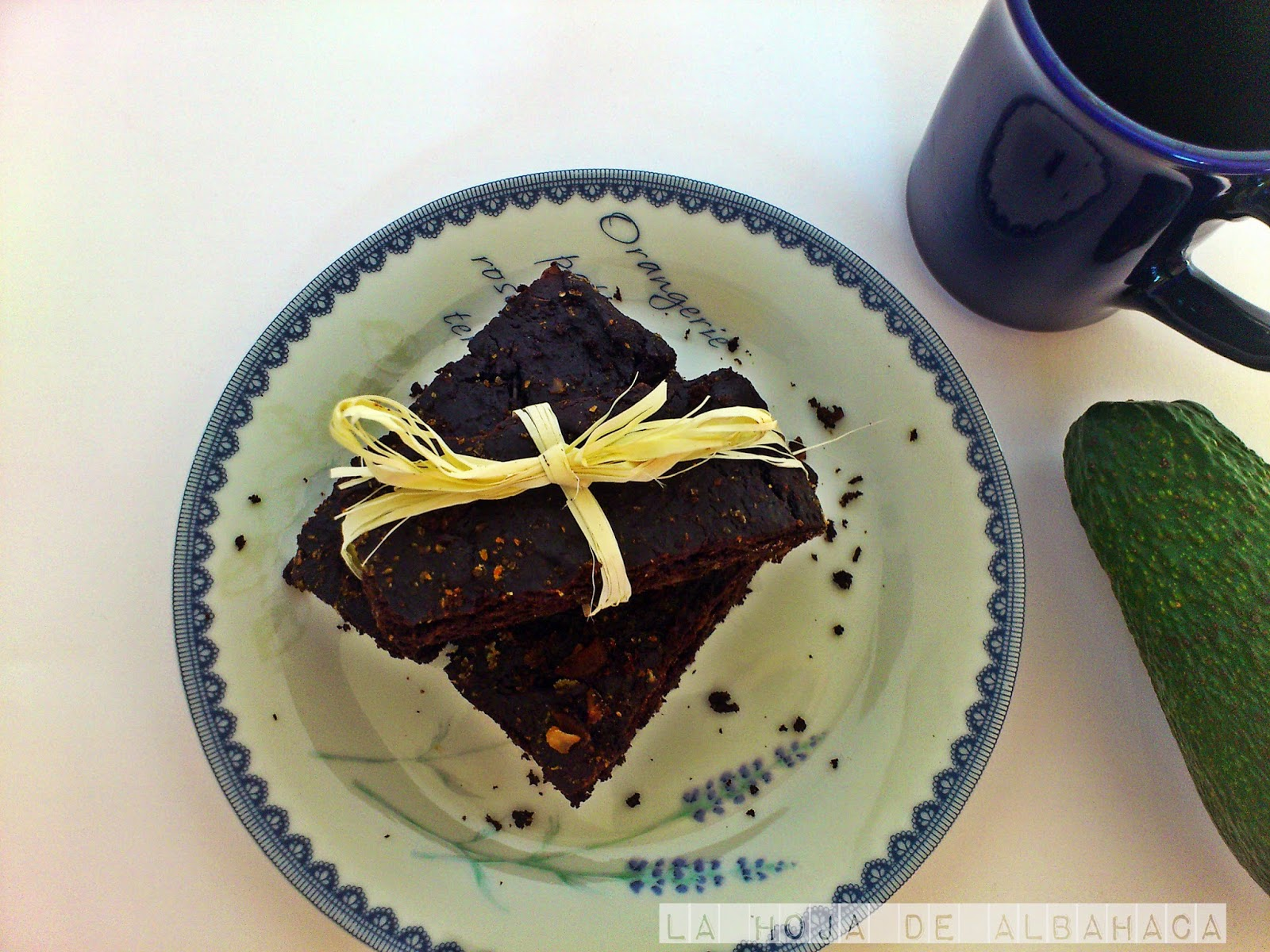 sugar  free raw chocolate brownie  recipe, no sugar, cacao, crudismo, vegetariano, sin lactosa