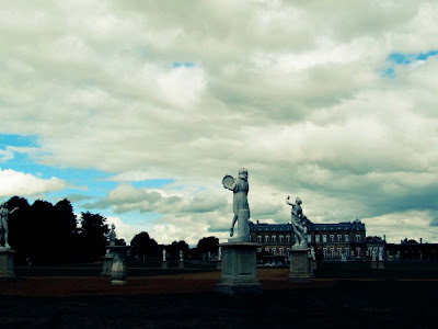 Wrest Park, visit, statues, circle, English Heritage, garden