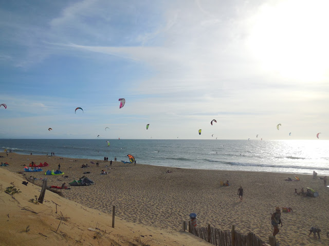 mimizan-kitesurfing-at-the-north-beach-france-surf-trip-2015-atlantic-ocean-spaander-sealiberty-cruising