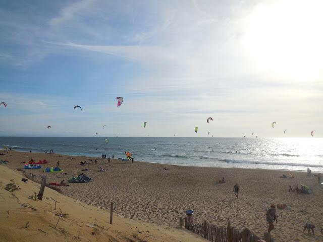 mimizan-kitesurfing-at-the-north-beach-france-surf-trip-2015-atlantic-ocean-spaander-sealiberty-cruising