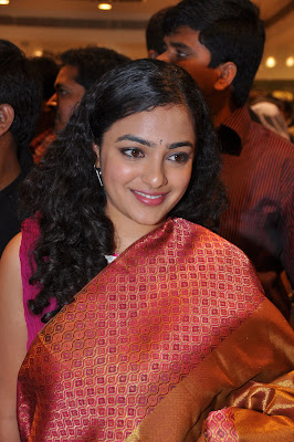 Actress Nithya Menon in Saree Photos and Images Gallery