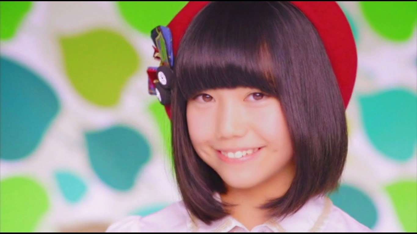 My little world the fresh team 8 with seifuku no hane chou kurena from fukui 14 years old i think her smile is very cute thecheapjerseys Image collections