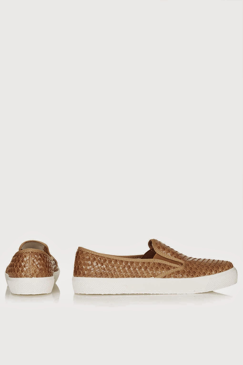 tan skater shoes