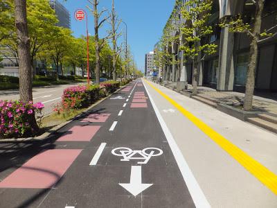 Spacious bicycle lanes and pedestrian facilities in Kanazawa City