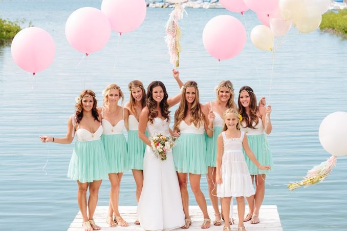 gorgeous hawaii wedding with handmade details and balloons photo by STUDIO 1208