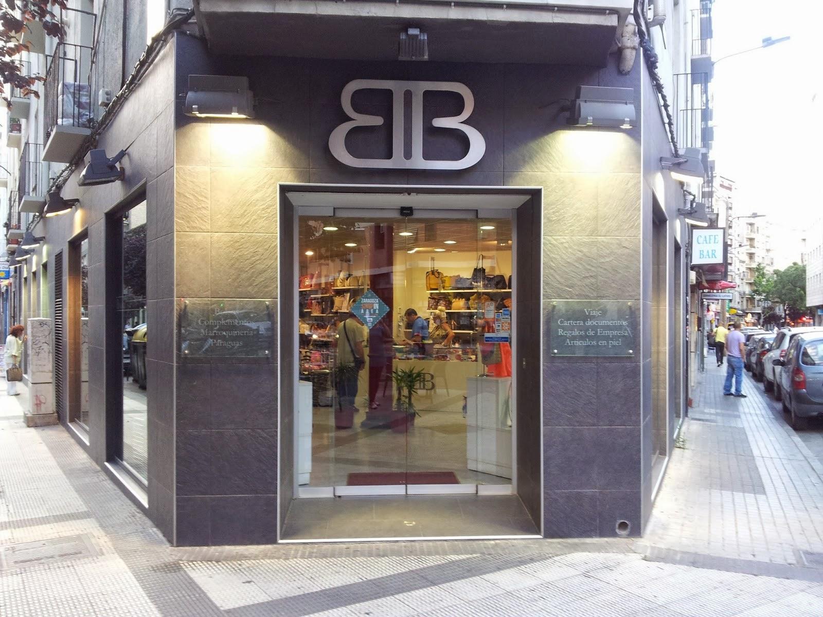 Fachada de Berlogui en Zaragoza