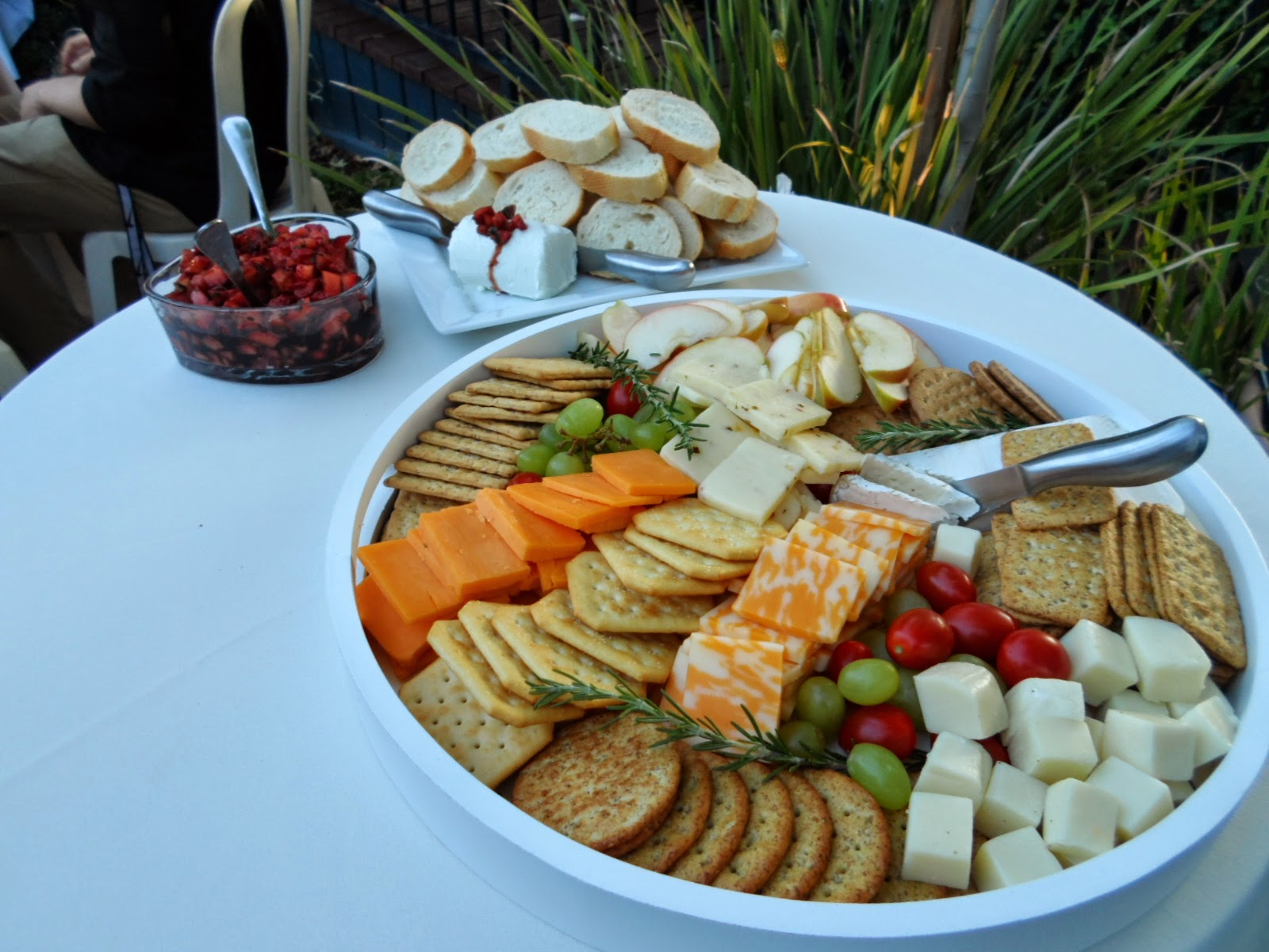Who\'s Coming to Dinner?: Appetizer Wedding