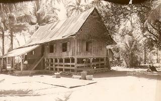 Rumah Gadang Mandeh Rubiah di tahun 1980 sebelum di renovasi oleh Pemerintah.