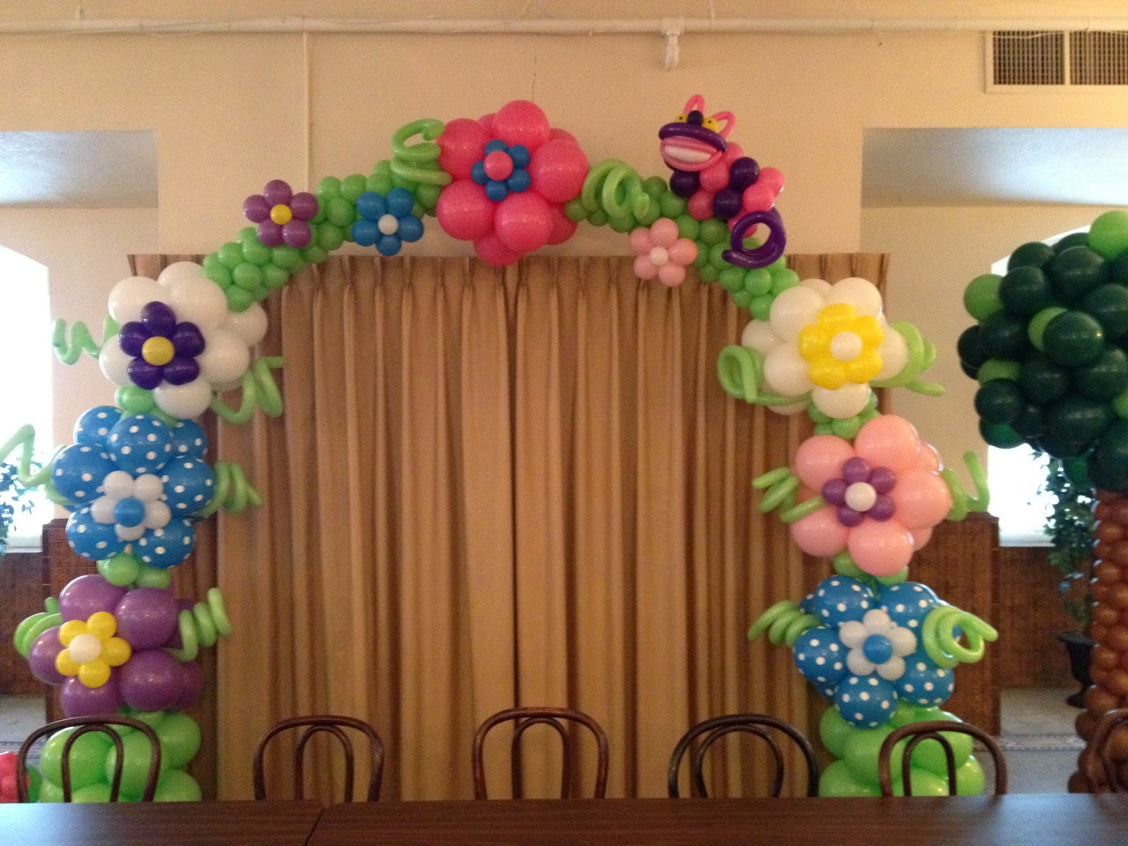Party people event decorating company alice and for Balloon decoration companies
