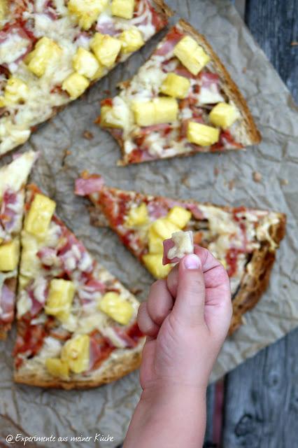 Experimente aus meiner Küche: Fladenbrotpizza Hawaii