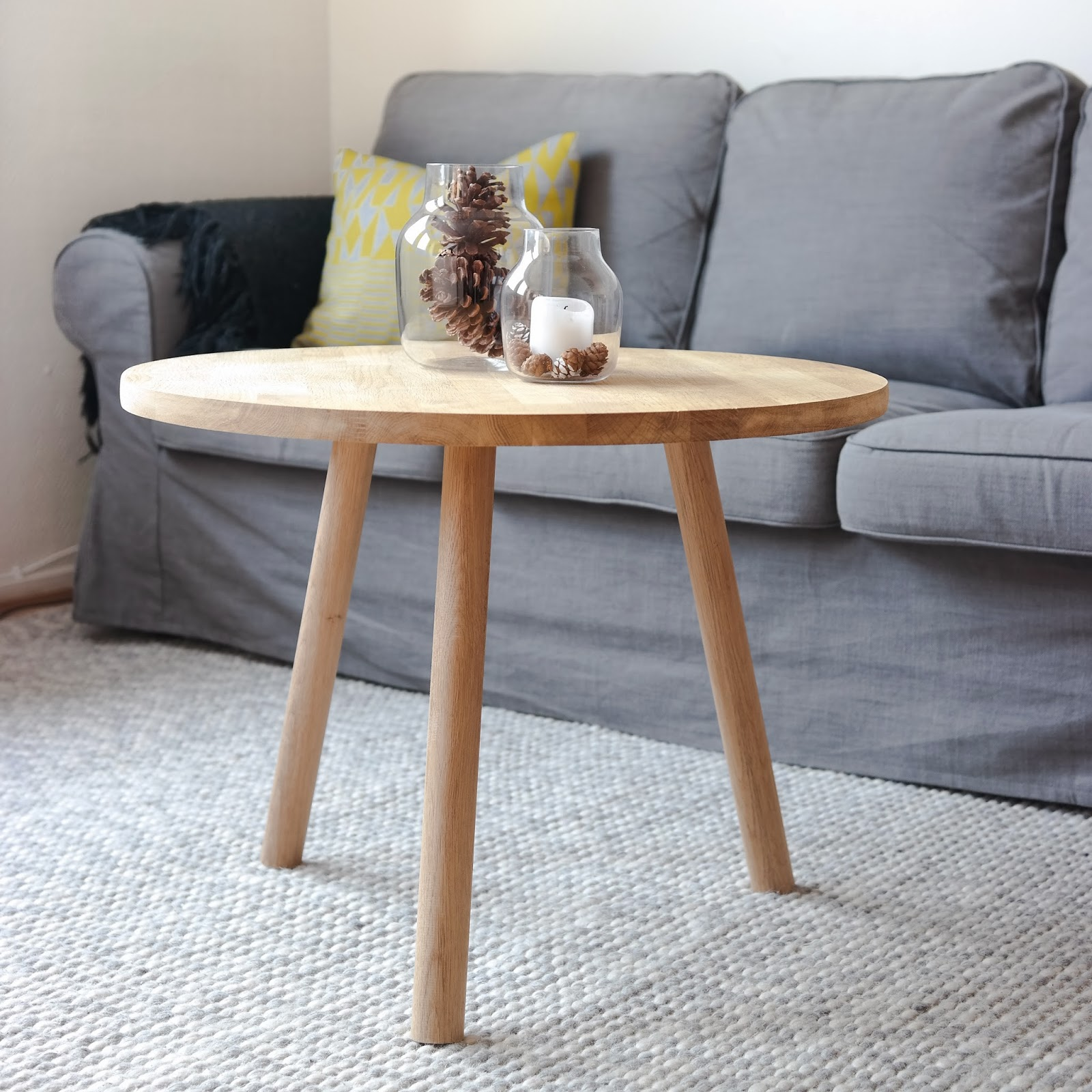 With designs: DIY rundt sofabord i 10 steg